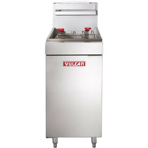 VULCAN 40 LB FLOOR TUBE FIRED GAS DEEP FRYER
