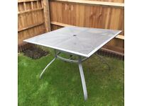 Garden table /chairs