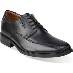 Mens Leather Shoe  -  Clarks.