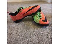 Kids Nike Hypervenom Astro Turf trainers size 1
