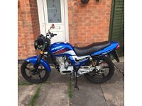 65 plate Lexmoto Arrow 125 only 1000 miles from new