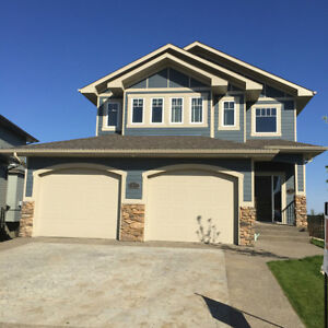 Check out this amazing home in Drayton Valley (4109-41 St)