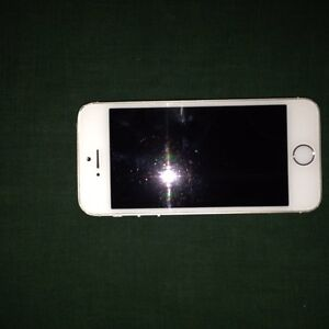 iPhone 5s carrier unlocked 300 OBO