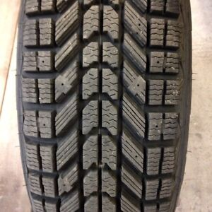 Firestone Winterforce 235/75/15