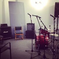 Fully equipped rehearsal space