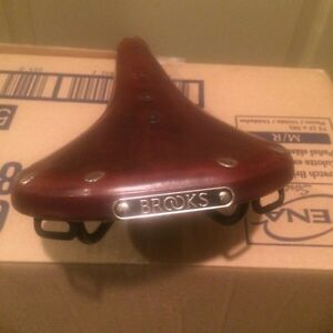 Brooks B17 bike saddle