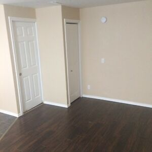 Renovated Bachelor Suite with bills included!  Regina Regina Area image 2