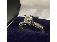 18ct engagement ring