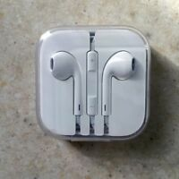 APPLE EAR PODS WITH REMOTE & MIC
