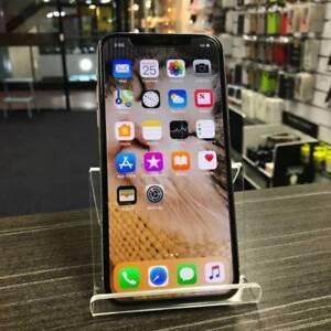 MINT CONDITION IPHONE X 256GB SLIVER WARRANTY AU MODEL UNLOCKED