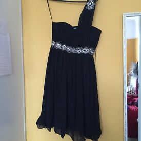 Gorgeous black quiz dress - size 10