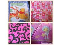 4 x single duvet sets (PEPPA pig, Winnie the Pooh, fifi and pink patterened)