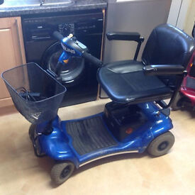 STIRLING PEARL CAR BOOT SIZED MOBILITY SCOOTER CARRIES 21 STONE 12 MILES YET FITS IN A CAR BOOT