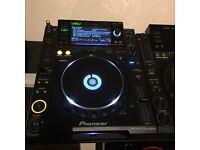 2x CDJ2000 1x CDJ900 1x CDJ Stand( Pioneer CDJ 2000 900 )