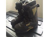 Vans Snowboard boots UK 6