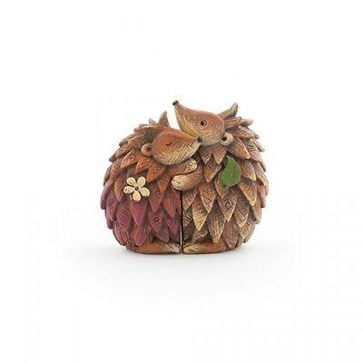 NEW Cute Woodland Hugging Hedgehog Couple Statue Ornament