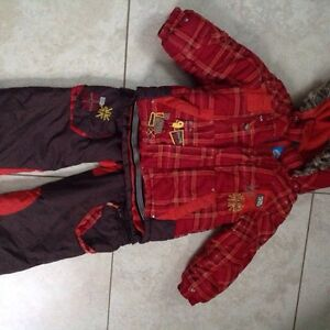 Cute snowsuit for girl or boy 2t