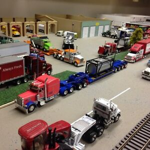 Wanted 1/64 diecast semi tractor trailer