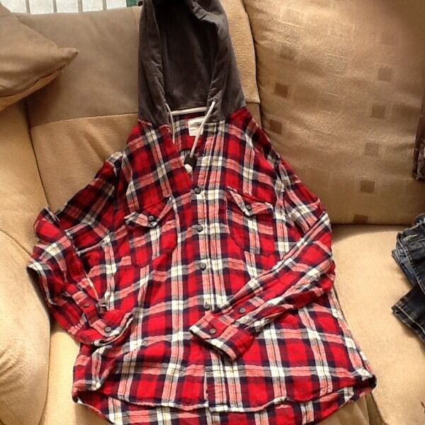 Shirt hoodiein Bicester, OxfordshireGumtree - Red check shirt hoody size large. Excellent condition never been worn only £2