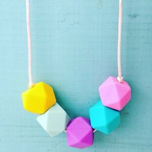 New silicone teething necklace