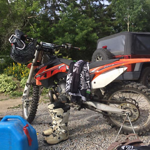 LOW HOURS! 2014 KTM 250sx two stroke