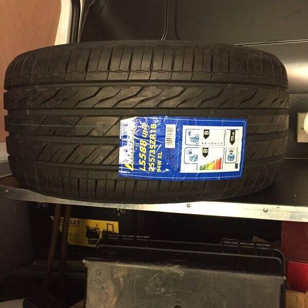 Brand new Landsail tyres x2 255/35ZR18 94W