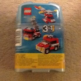 Lego Creator 3 in 1 Fire Engine/Jeep/Helicopter no 6911 (excellent condition)