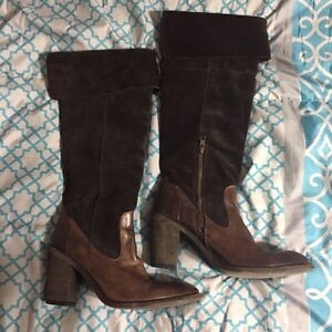 Miz Mooz size 39 (8.5-9) leather suede boots