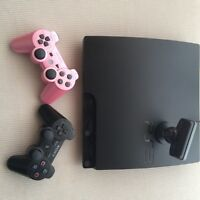 PS3 Slim/ 20 games/ 2 controllers + Accessoires