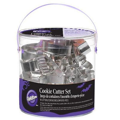 Halloween 18 pc Cookie Cutter Set from Wilton 1131 NEW](Wilton Halloween Cookie Cutters 18)