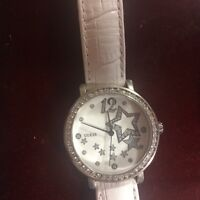 Guess watch with changeable straps