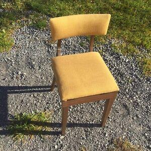 Vintage vanity chairs  Belleville Belleville Area image 6