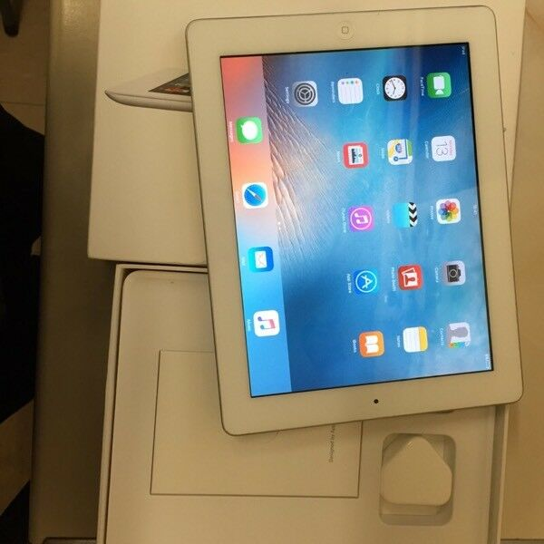 iPad 2 only used a few times with box, charger excellent