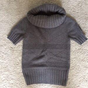 Ladies Sweaters Cambridge Kitchener Area image 1