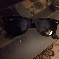 Authentic Ray Ban Wayfarer with Green lenses