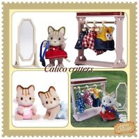 Walk in Calico critters + bébés chatons ( neufs)