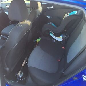 Like New HYUNDAI Accent  Campbell River Comox Valley Area image 5