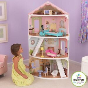 Corner sitting doll house