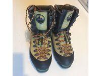 La Sportiva Nepal Extreme Climbing boots size 8 UK / EU 42
