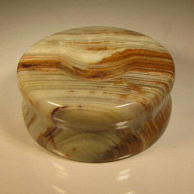 """2"""" Carved BANDED ONYX STAND for Spheres, Eggs, Balls, Globes, etc."""