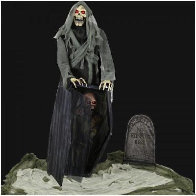 VIDEO! LIFE SIZE Graveyard Reaper HALLOWEEN Animated OUTDOOR Prop HAUNTED SPIRIT