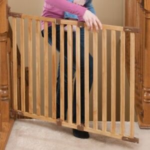 Kidco Angle Mount Wood Safeway Baby Gate in Natural Oak