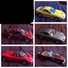 x5 Classic / Vintage Cars Scale 1:24 - Excellent Condition £10 Each or £40 the lot