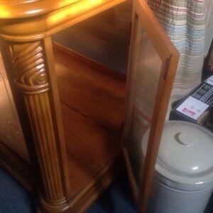 Antique China Cabinet - oak - OBO Stratford Kitchener Area image 2