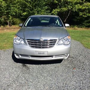 PRICED TO SELL   2009 Chrysler Sebring