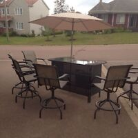 Patio set ( bar style patio set)