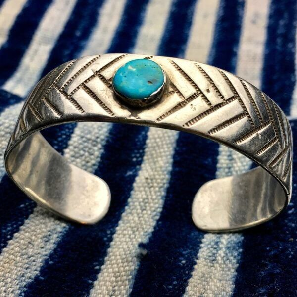 1920s Early Navajo Native American Turquoise Silver Ingot Chiseled Cuff Bracelet