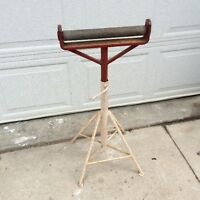 Roller stand for table saw