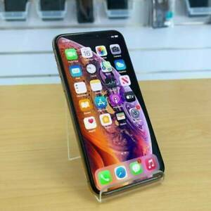 iPhone XS 64G Gold GREAT CONDITION AU MODEL INVOICE WARRANTY Ashmore Gold Coast City Preview