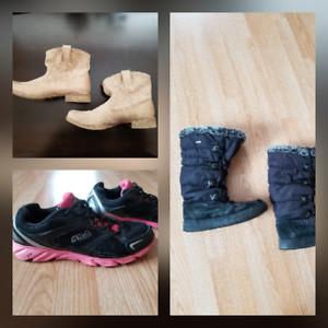 Lot de souliers grandeur 9 femme